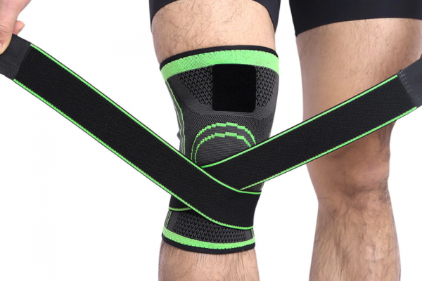 Breathable Professional Knee Brace  1